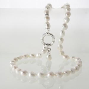 Parel sieraden bij Juwelier Le Cloc Caduc in Boxtel